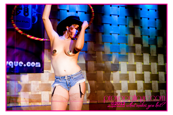columbus_ohio_queer_burlesque_photographer_fierce_181