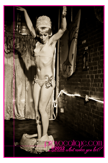 columbus_ohio_queer_burlesque_photographer_fierce_24