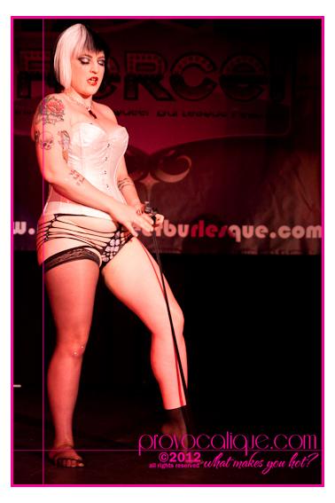 columbus_ohio_queer_burlesque_photographer_fierce_showcase_162