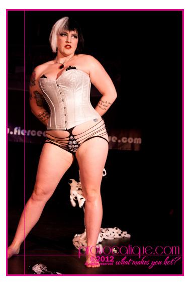 columbus_ohio_queer_burlesque_photographer_fierce_showcase_163