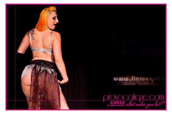columbus_ohio_queer_burlesque_photographer_fierce_showcase_310