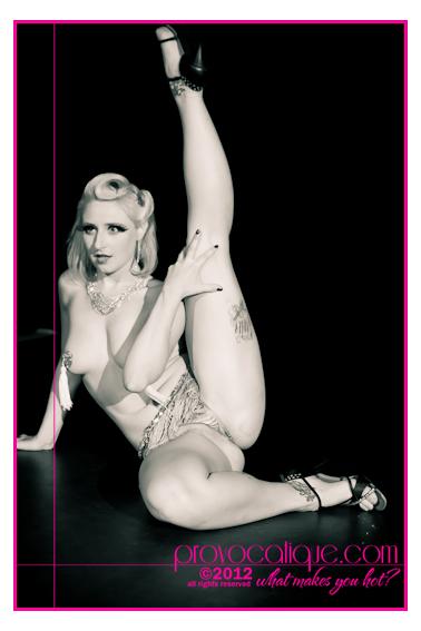 columbus_ohio_queer_burlesque_photographer_fierce_showcase_325