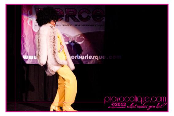 columbus_ohio_queer_burlesque_photographer_fierce_showcase_375