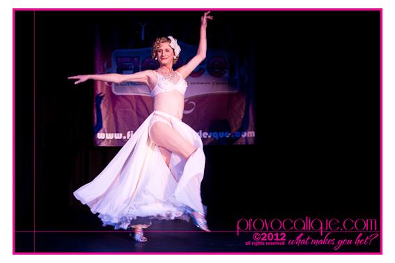 columbus_ohio_queer_burlesque_photographer_fierce_showcase_406