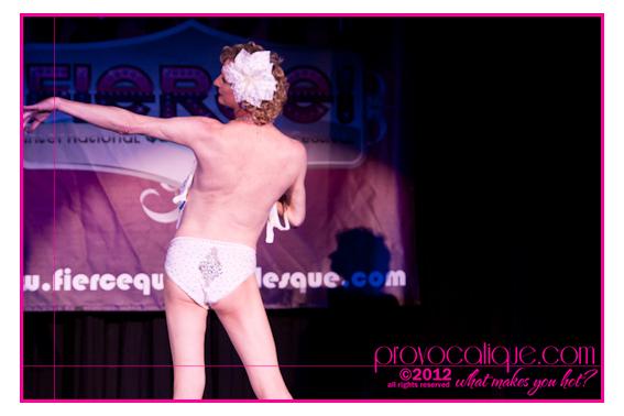 columbus_ohio_queer_burlesque_photographer_fierce_showcase_417