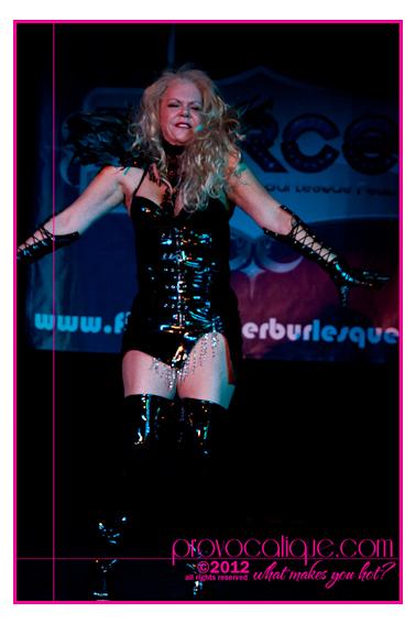 columbus_ohio_queer_burlesque_photographer_fierce_showcase_423