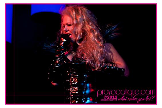 columbus_ohio_queer_burlesque_photographer_fierce_showcase_425